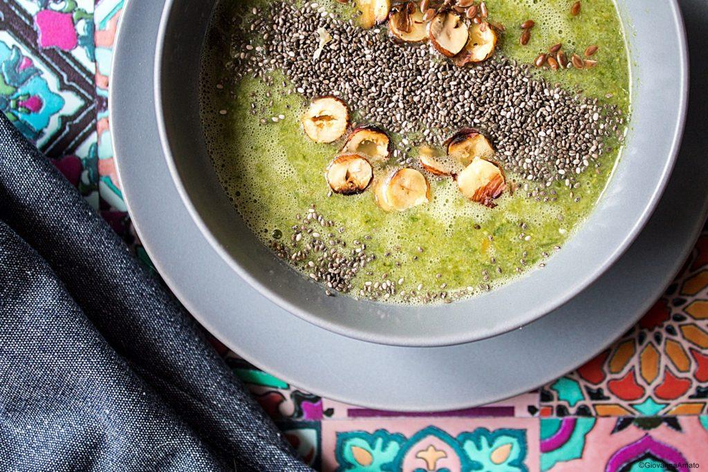 vellutata-broccoli e semi chia