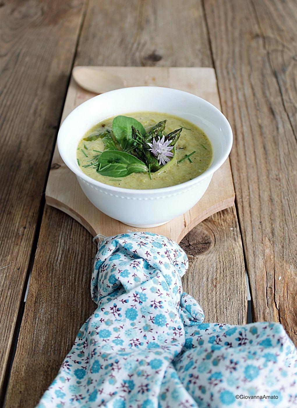 zuppa-asparagi-salsa-tahina